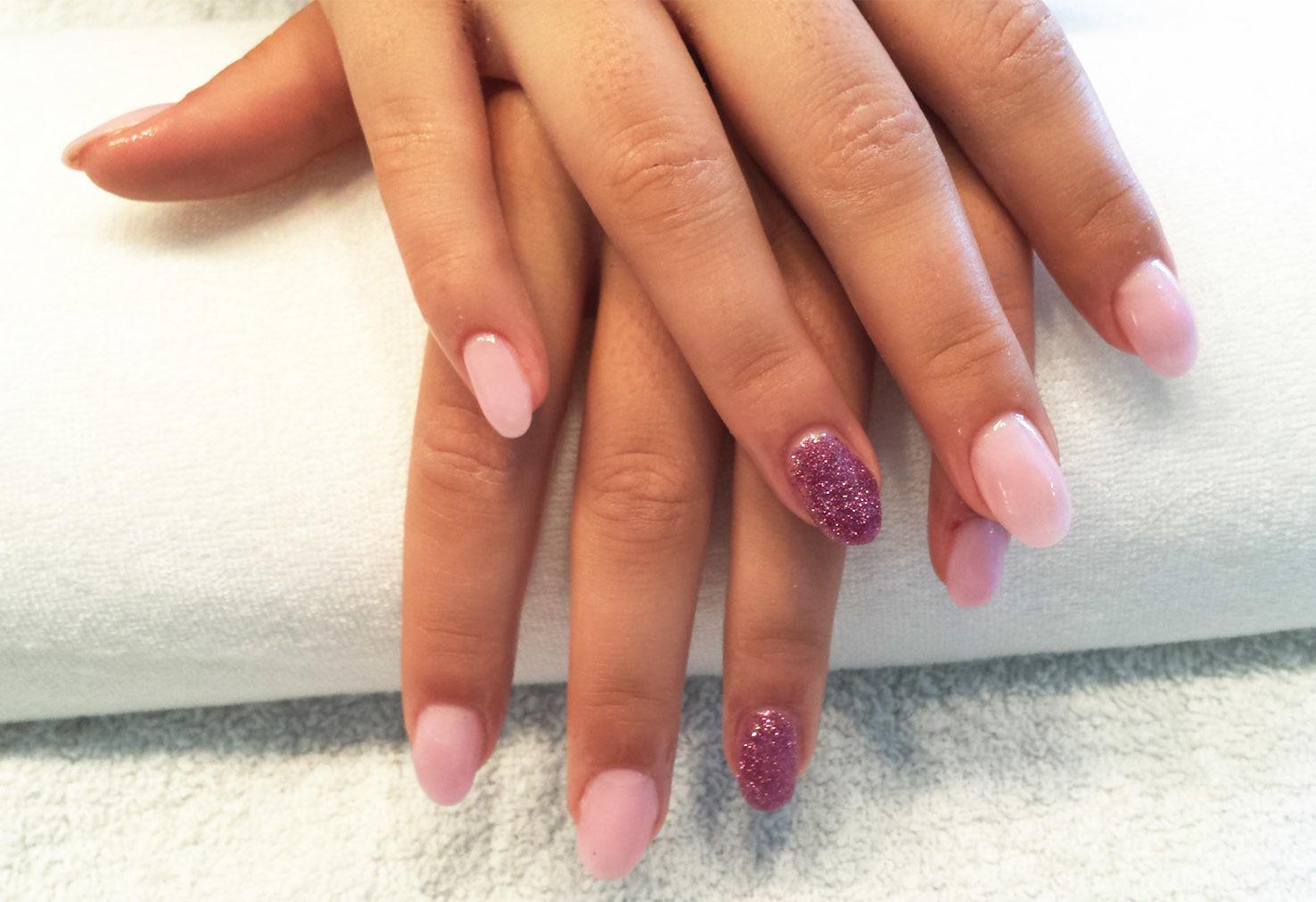 Naildesign Entire Beauty Gelnagel Acrylnagel Shellack French Nails