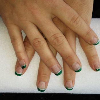 Gelnägel, Acrylnägel, grün silber. Fotograf: Nadja Maisl Nail Styling: Nadja Maisl | Entire Beauty