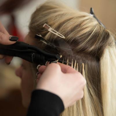 Haarverlängerung und Haarverdichtung mit greath lengths. Friseurin: Nadja Maisl