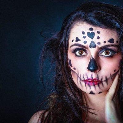 Extreme Make Up. Fotograf: Wolfgang Huemer, Model: Mara Isabell Grossauer, Visagistin und Stylistin: Nadja Maisl, 2018, Salzburg