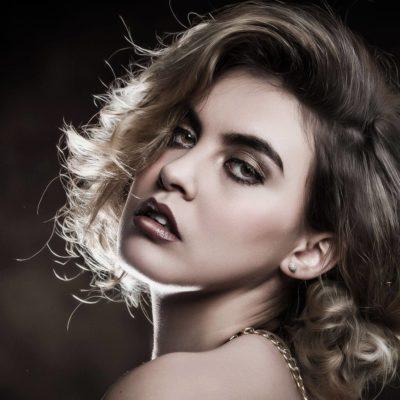 Portrait Make Up. Fotograf: Richard Schnabler, Model: Vanessa Lirsch Visagistin und Stylistin: Nadja Maisl, 2018, Salzburg