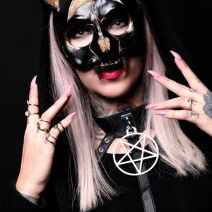 Schmuck / Masken
